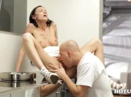 قنوات تعرض افلام جنسية