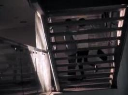 نيكي ميناج في صور عارية سكسية