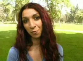 حصلت سارة جاي نائب الرئيس الطازجة على وجهها بعد أن حصلت مارس الجنس مثل وقحة.