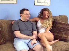 رجل محظوظ الملاعين فتاة جبهة مورو الساخنة.