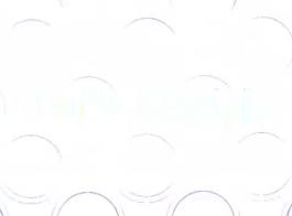 بريق امرأة سمراء بدي مارس الجنس في المرآب.
