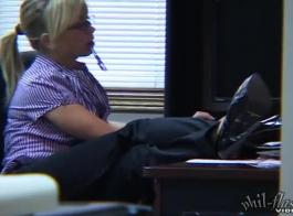 أمين جميل، كانديس يجرؤ يتيح لها بوس يمارس الجنس معها في المكتب، وممتص لها نائب الرئيس