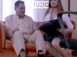 فيديو سكس مع أمه مصرى