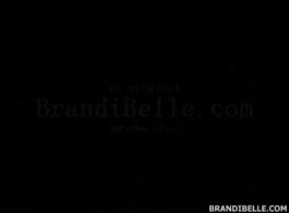 براندي الحب تمتص والملاعين نقدا
