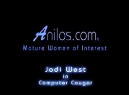 امرأة سمراء مشعر جودي تايلور يرتدي جوارب مثيرة وحزام الرباط، أثناء الحصول على مارس الجنس.