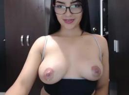 صور اكبر ثدي اباحي مص الحليب