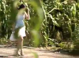 يوتيوب فلم سكس لبنت تحب تتناك وهي متربطه