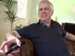 سكس شاب يغتصب بنت في عماره تحت الانشاؤ