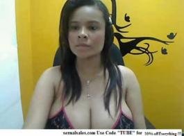 مثير لاتينا متعرج فاتنة راشيل كافالي الرياء لطيفة الثدي وامتصاص الديك ضخمة