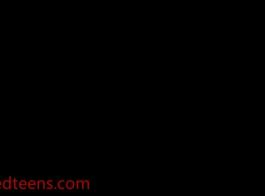 اثنين من نجوم البورنو تبادل الديك كبير على الكاميرا