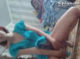 ساذج في سن المراهقة فاتنة تمتص ومارس الجنس في فتحة الشرج