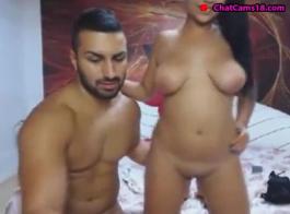 فاتنة اللاتينية الساخنة يحب تدليل زميلها في الغرفة، في حين أنه يئن من المتعة أثناء الحصول على مارس الجنس.