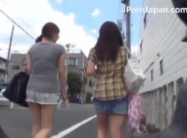 تلميذة اليابانية لا يمكن أن تعقد من استمناء، لأن صديقها يسجل فيديو بوف.