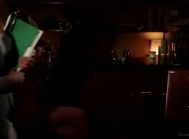 مرسيدس كاريرا هو الحصول على كس حلق تماما مارس الجنس بجانب حمام السباحة، في منزلها.